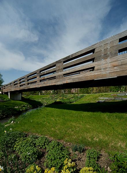 Holzstapelbrücke, Reichenbach | Sauerzapfe Architekten