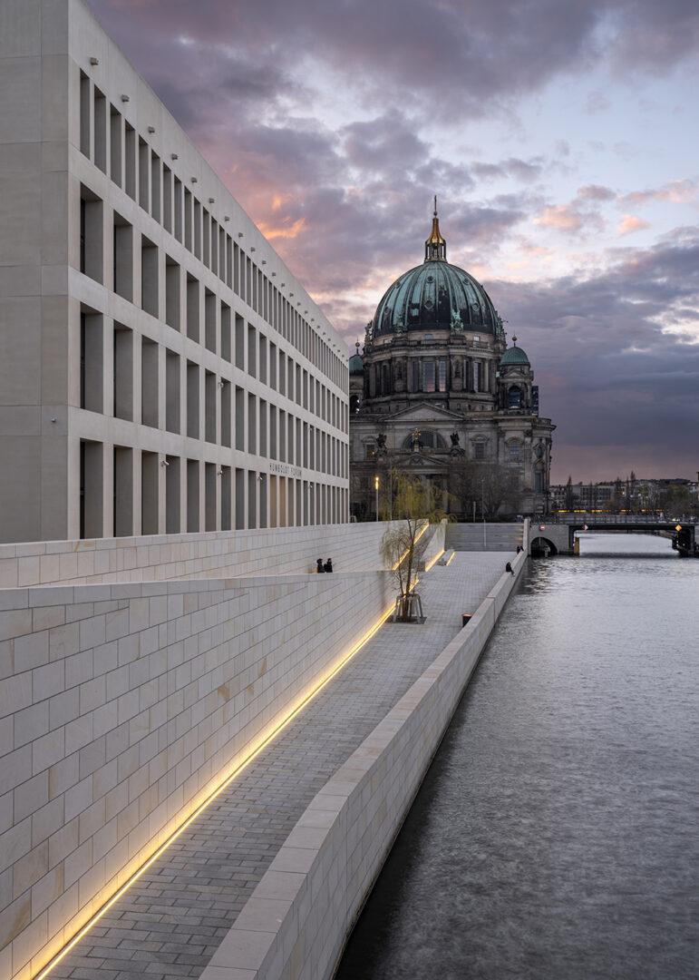 Spreeterrasse Humboldt Forum, Berlin | Sauerzapfe Architekten